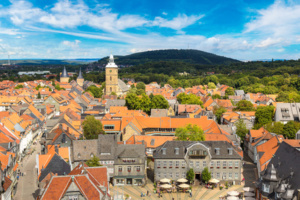 Schöner Panorama-Blick über das Harzstädtchen Goslar